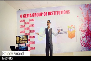 Rajeev Anand the Motivational Speaker talking about Social Media Marketing Services on Aug,2017